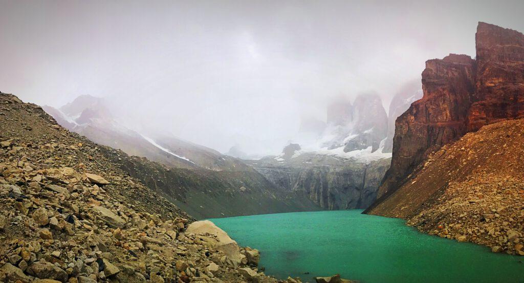 Torres in de wolken