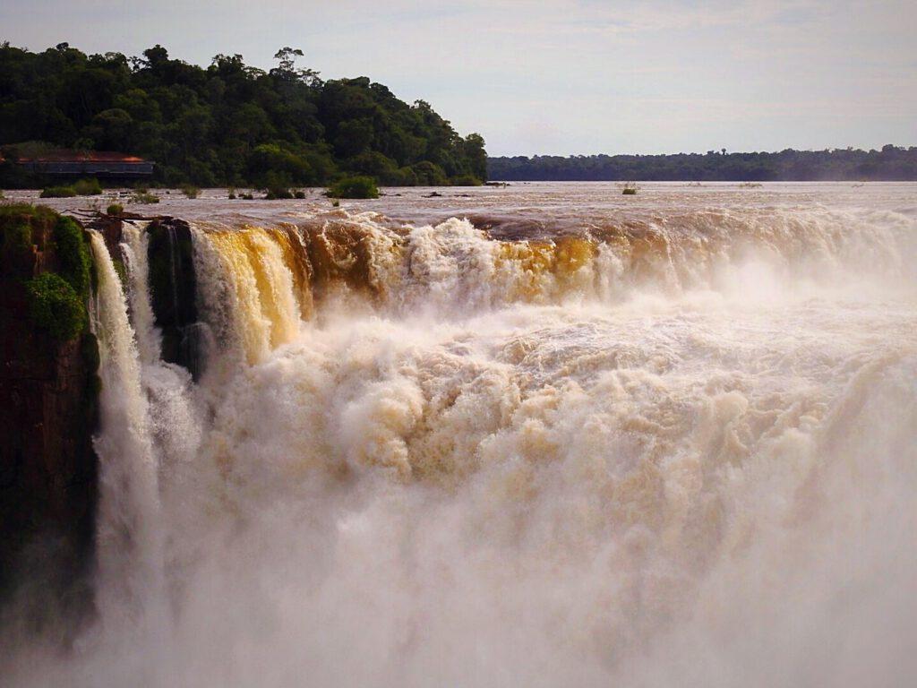 Izguazu - veel water